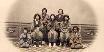 زبان و اغراض گويندگان؛ آیا اقوام آینوی ژاپن ایرانیاند؟