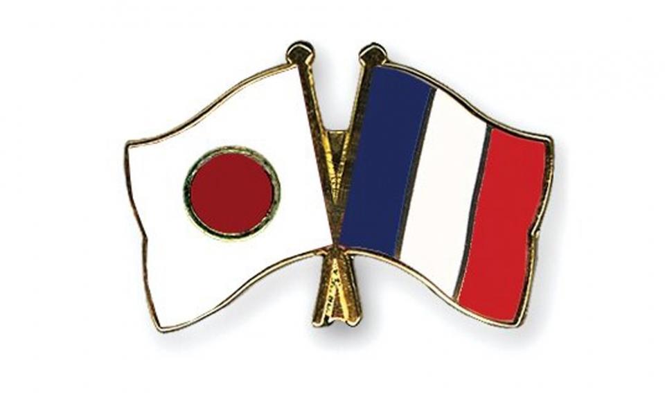 توافق ژاپن و فرانسه برای همکاری در مسائل دریای چین