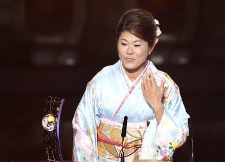 نخستین توپ طلای فیفا برای آسیا و موج شادی در ژاپن مصیبتزده