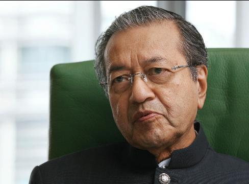 ماهاتیر محمد: لزوم حرکت کشورهای اسلامی به سوی تولید و الگوگیری از ژاپن