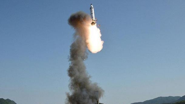 کره شمالی بسوی دریای ژاپن ۲ موشک پرتاب کرد