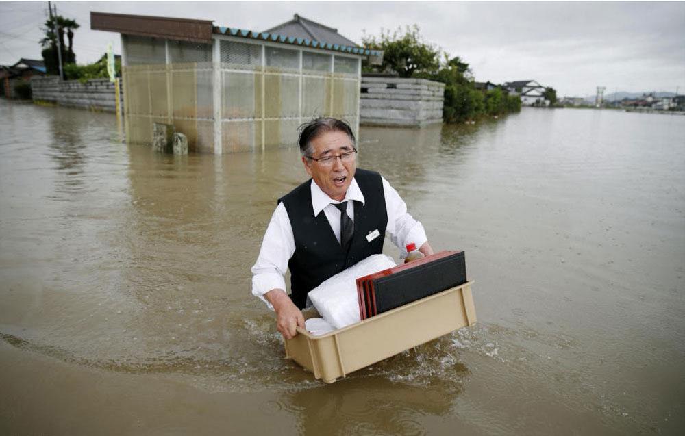تلفات سیل در ژاپن به ۲۰۰ تن رسید